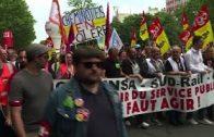 A-Paris-plusieurs-milliers-de-cheminots-dans-la-rue-AFP-News